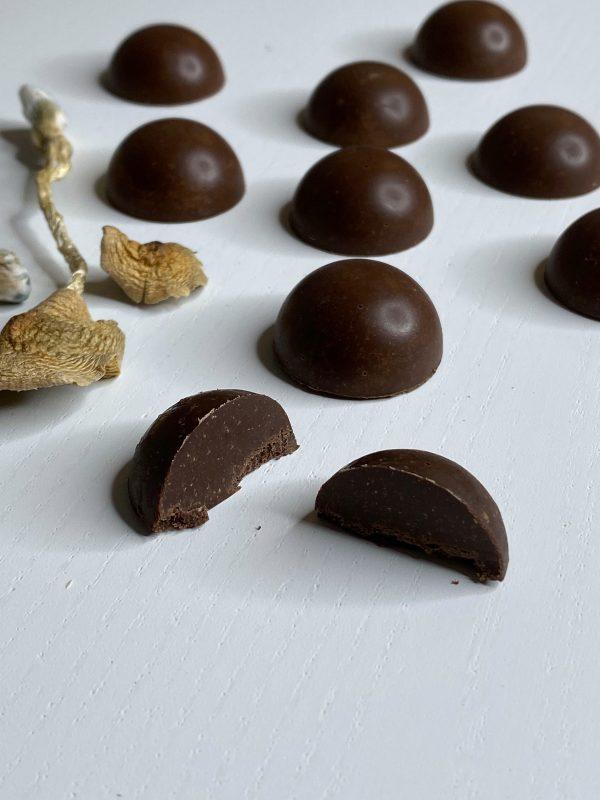 Shafaa-Magic-Mushroom-Dark-Chocolates